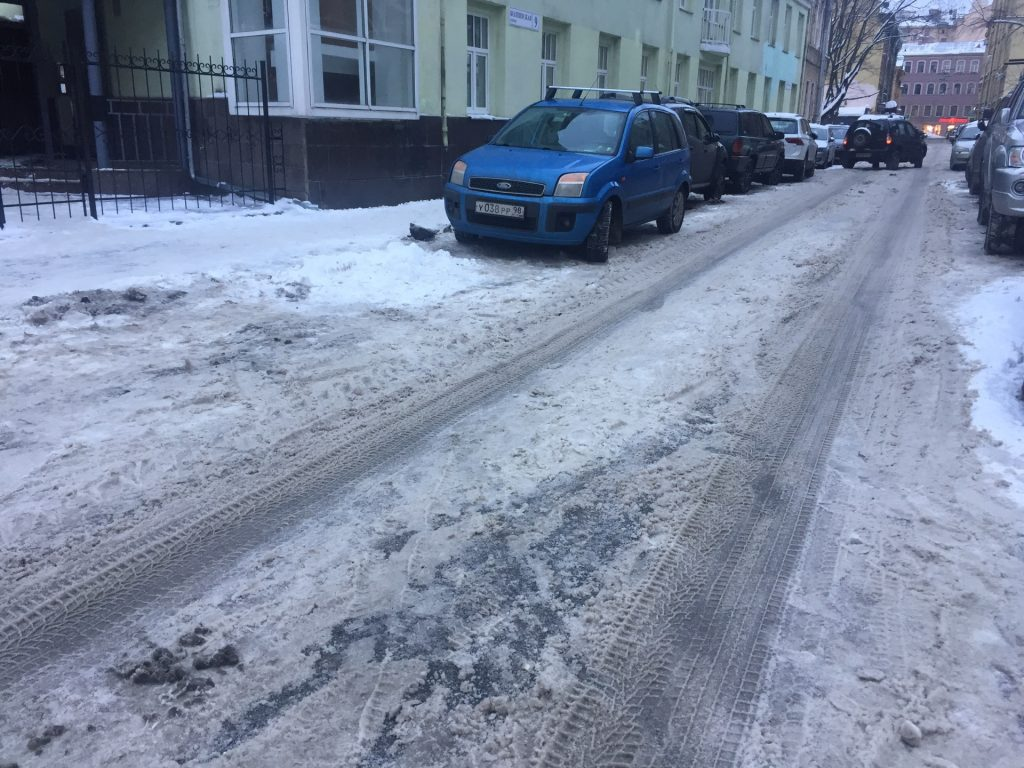 уборка снега в спб, как справляются власти города